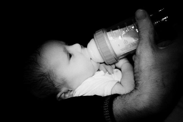 """NOTRE POISON QUOTIDIEN"""" dans . AGRO . baby-bottle"""