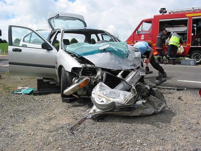 Accident Car Ado Chili  Ea B A