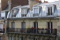 Visite guidée d'une studette parisienne